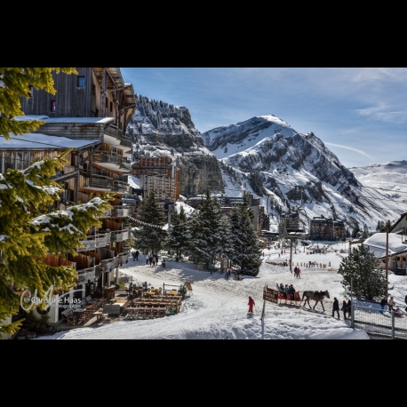 Photo of Avoriaz and its peculiar atmosphere by Christine Haas